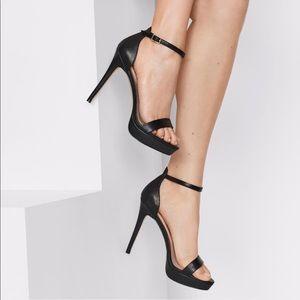 NWOT ALDO Madalene heels classic platform sandals
